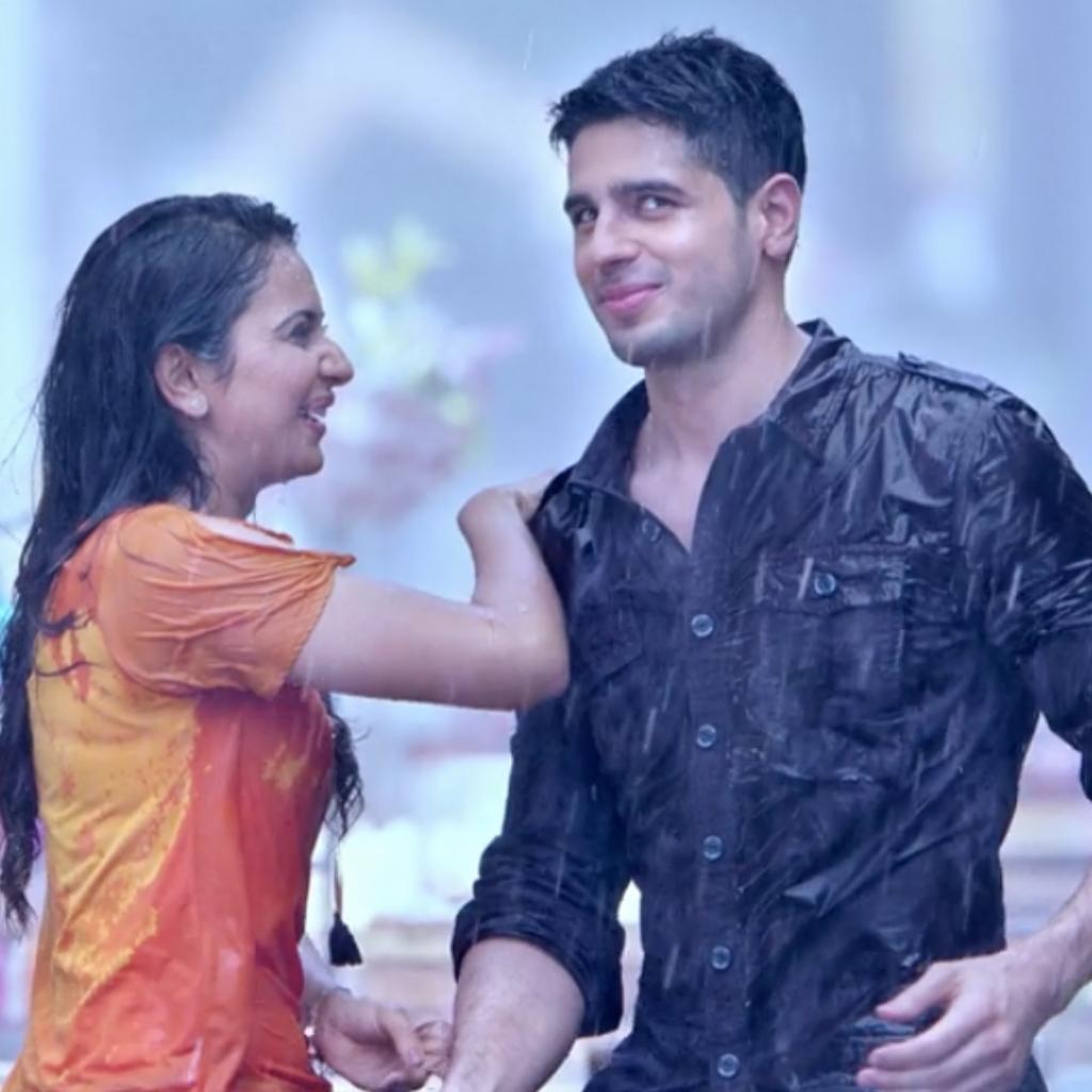 Aiyaary Sidharth Malhotra Rakul Preet Singh Bollywood Movie Clothing